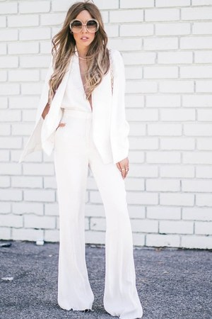white HAUTE & REBELLIOUS cape - gold Chloe sunglasses