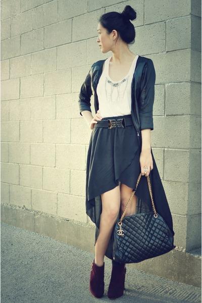 black asymmetrical Zara skirt - maroon brian atwood boots