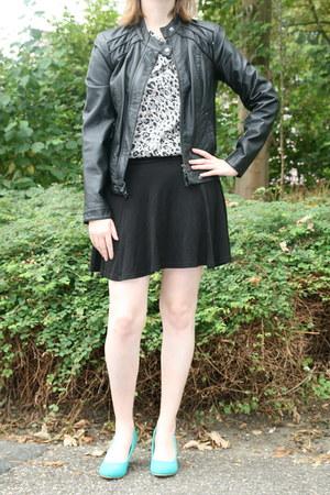 black Vero Moda jacket - silver animal print H & M blouse