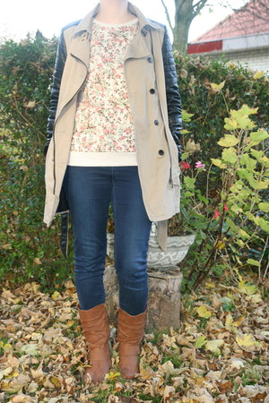 off white floral sweater C & A sweater - brown brown boots Scapino boots