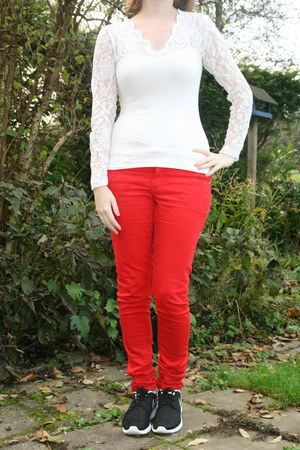 white shirt with lace H & M shirt - red red pants C & A pants