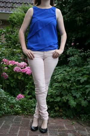 black black pumps van haren pumps - light pink light jeans H & M jeans
