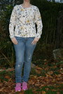 Ripped-jeans-h-m-jeans-floral-sweater-h-m-sweater