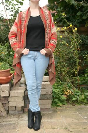 vest H & M vest - ankle boots H & M boots - light jeans H & M jeans