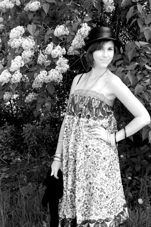 Tollwood dress - H&M hat - Eyerwhere accessories