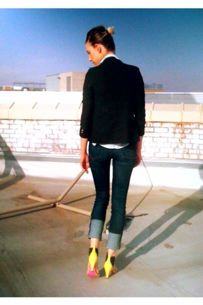 navy high waist Urban Outfitt jeans - black childrens thrifted blazer