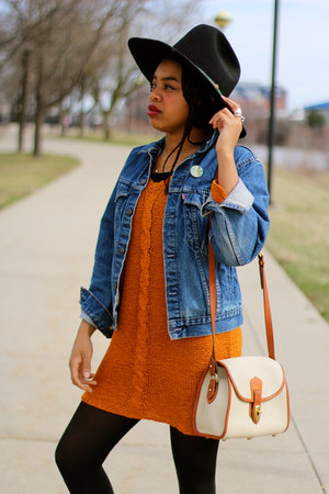 vintage sweater - thrifted vintage boots - broad ripple vintage hat