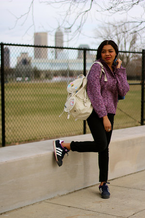 navy Levis jacket - amethyst thrifted sweater - beige Aeropostale bag