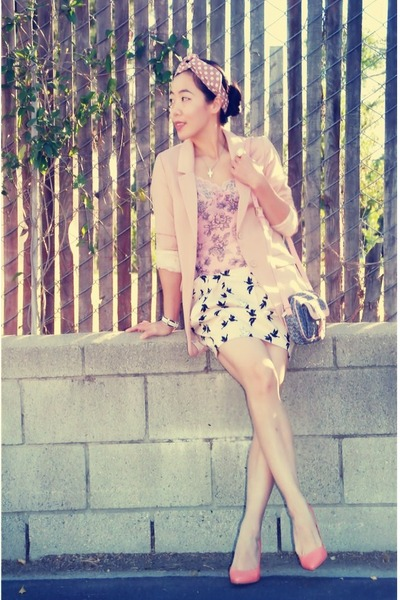 H&M blazer - vintage bag - H&M skirt - H&M heels - cami vintage top - Fossil wat