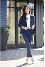 Blue-jacquard-blazer-blue-jacquard-pants