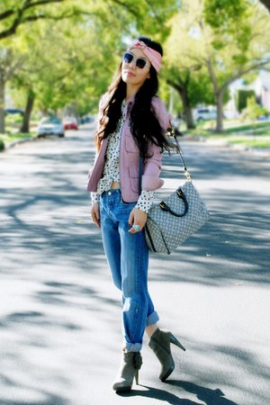turban DIY from scarf accessories - Steve Madden boots - Levis jeans
