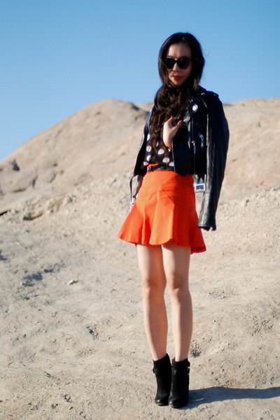 River Island jacket - Lucky Brand boots - Ray Ban sunglasses - Zara skirt