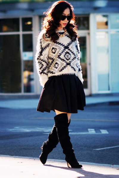 McGinn sweater - Dolce Vita boots