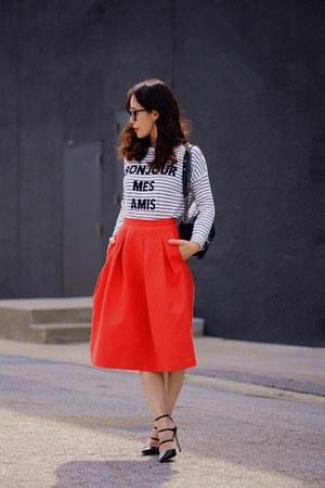 skirt - bag - heels