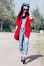 Boyfriend-jeans-levis-jeans-red-red-zara-blazer-denim-shirt-zara-shirt-miu