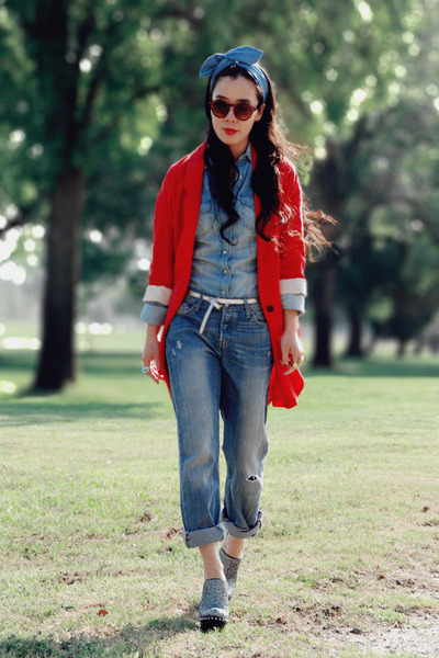 red red Zara blazer - boyfriend jeans Levis jeans - denim shirt Zara shirt