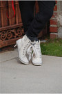 White-faux-fur-zara-coat-marc-jacobs-bag-vintage-sneakers-harem-pants-zara