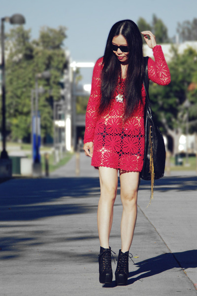 hot pink crochet Topshop dress - black CCSKYE bag - black Forever21 shorts