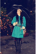 vintage coat - vintage bag - Urban Outfitters boots - H&M accessories - asos bel