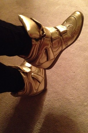gold goldhightops Steve Madden sneakers