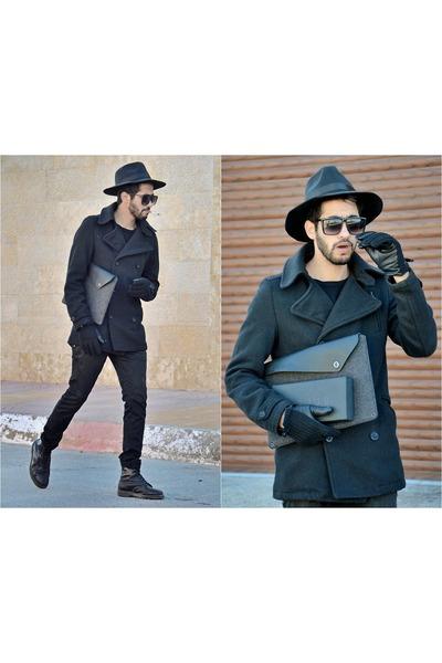 macbook sleeve Mujjo bag - black Zara coat - black Zara jeans - Choies hat