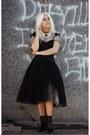 Black-acne-boots-black-truly-zac-posen-dress