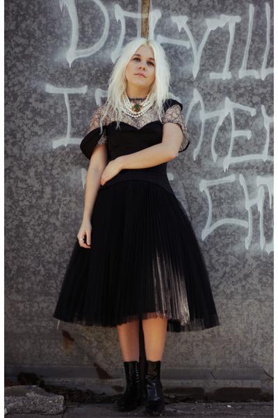black acne boots - black Truly Zac Posen dress