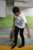 white cotton on t-shirt - black Topman jeans - black Hush Puppies boots - brown