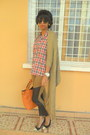 Dark-khaki-sweater-ruby-red-plaid-shirt-carrot-orange-bag-black-zara-heels