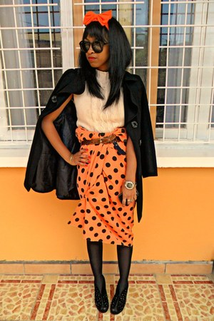 orange DIY Headband accessories - black feutre coat - nude Missy sweater