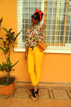 maroon floral print shirt - yellow Skinny jeans - orange bag
