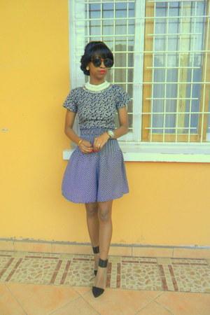 blue polka dot jupe culotte shorts - white necklace