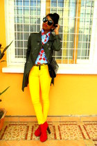 army green coat - red Go Jane Litas like shoes - yellow Skinny jeans
