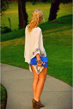 Chelsea & Violet blouse - Clare Vivier bag