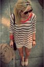 Zara-shorts-anthropologie-t-shirt