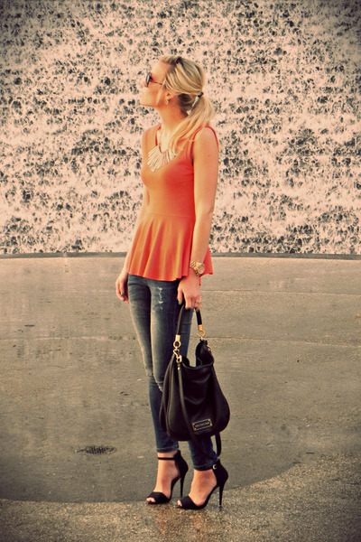 Zara jeans - flared waist Zara blouse - Zara sandals