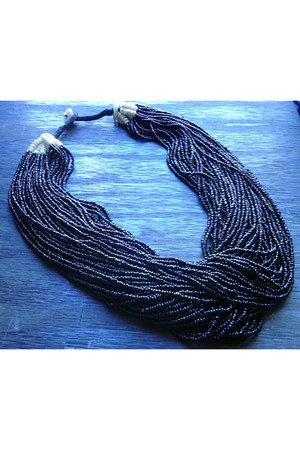 Harlow In Chains necklace