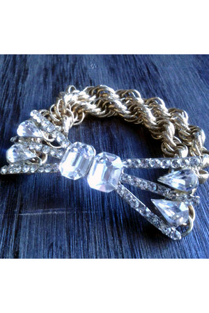 Harlow In Chains bracelet