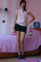 LOB blouse - Zara shorts - Zara shoes - Juicy Couture bracelet