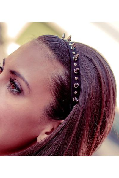 Haute1 hair accessory