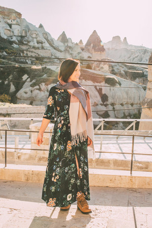 maxi dress shein dress - blanket modcloth scarf