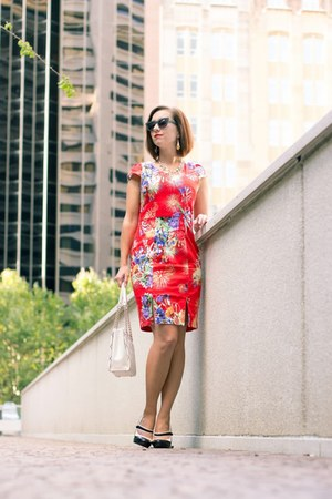 red floral Lilee Fashion dress