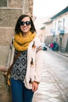 alpaca Artesanías Asunta cardigan - knitted Ak Kerani scarf
