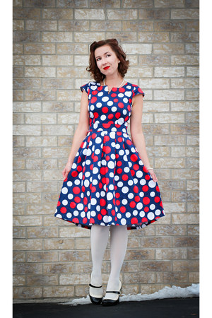 polka dot Lilac Cove Boutique dress - modcloth tights - modcloth heels