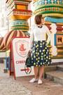 Lemon-clema-w-dress