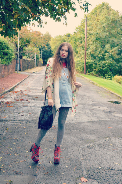 New Look Vintage t-shirt - Jeffrey Campbell boots - new look tights