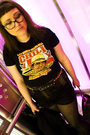 tshirt bordello shirt - Docs boots - winners tights - DIY shorts
