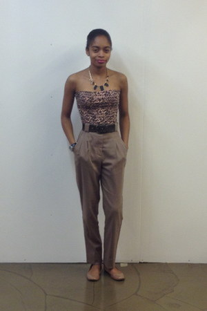 H&M top - Yves St Laurent Vintage belt - Costa Blanca necklace