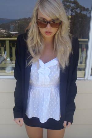 black espirit blazer - white Just jeans top - black Chc a booti skirt