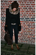 vintage hat - Sacha boots - Zara coat - vintage belt
